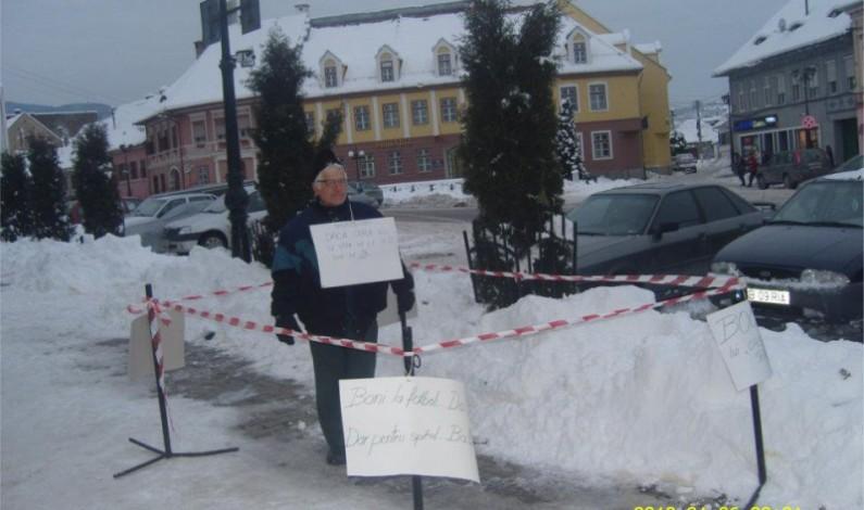 Protest izolat la Cisnădie, la propriu