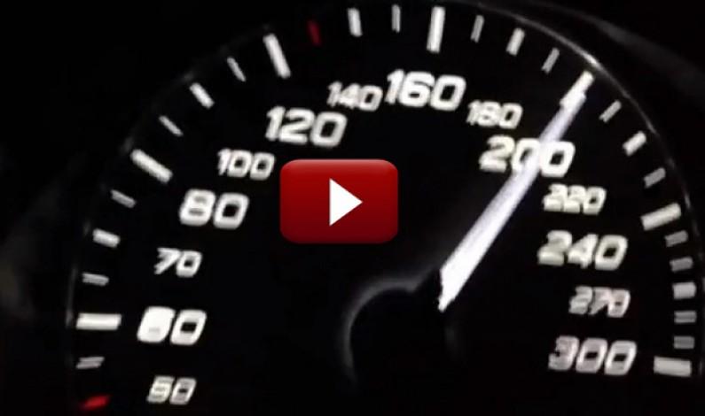 S-a filmat conducând pe centura Sibiului cu 270Km/h